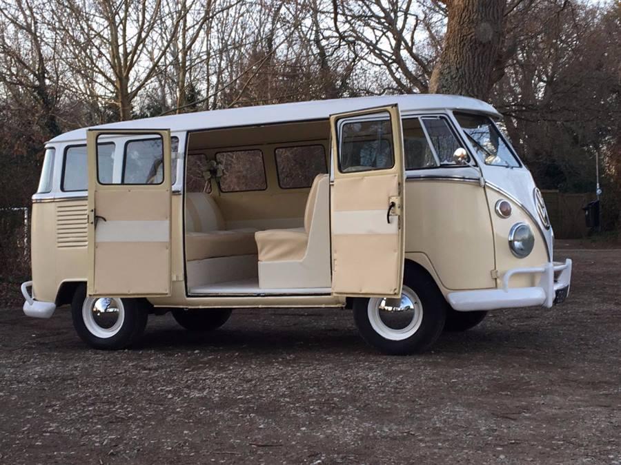 VW Campervan Split-Screen (Charlie)