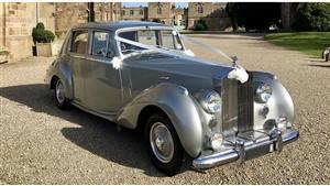 Rolls Royce Silver Dawn Wedding car. Click for more information.