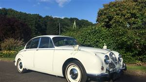 Jaguar 1968 MK2 Wedding car. Click for more information.