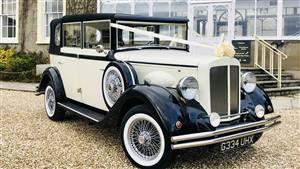 Vintage Regent Seats 5 Passengers Wedding car. Click for more information.