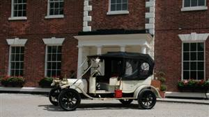 Edwardian Rolls Royce Wedding car. Click for more information.