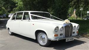 Daimler WDS Seats 7 Passengers Wedding car. Click for more information.