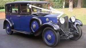 Daimler E20 Limousine Wedding car. Click for more information.