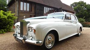 Rolls Royce Silver Cloud III Wedding car. Click for more information.