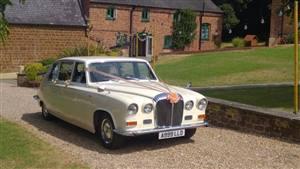 Daimler DS420 Wedding car. Click for more information.