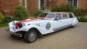 Lincoln Excalibur Wedding car. Click for more information.