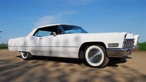Cadillac 1968 De Ville  Wedding car. Click for more information.