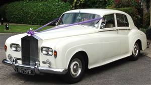 Rolls Royce 1965 Silver Cloud III Wedding car. Click for more information.