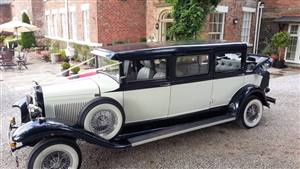 Bramwith Landaulette Wedding car. Click for more information.