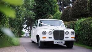 Daimler DS420 Limousine Wedding car. Click for more information.