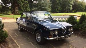 Alfa Romeo 2000 Berlina Wedding car. Click for more information.