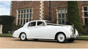 Rolls Royce Silver Cloud II Wedding car. Click for more information.