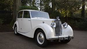 Triumph Renown 1952 Wedding car. Click for more information.