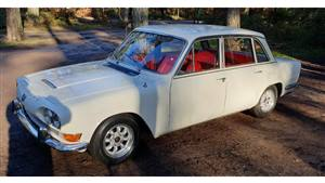 Triumph 2000 Wedding car. Click for more information.