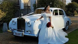 Rolls Royce Silver Cloud 1 Wedding car. Click for more information.