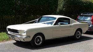 Ford Mustang Fastback 1965 Wedding car. Click for more information.