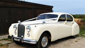 Jaguar 1954 Mk7 Wedding car. Click for more information.