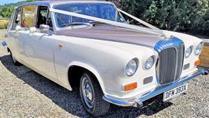 Daimler 1981 DS420 Wedding car. Click for more information.