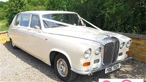 Daimler 1982 DS420 Wedding car. Click for more information.