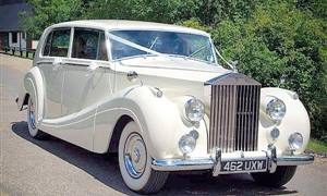 Rolls Royce 1954 Silver Wraith Wedding car. Click for more information.