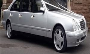 Mercedes Limousine Wedding car. Click for more information.