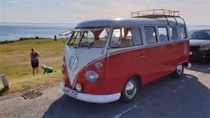 Volkswagen Splitscreen Campervan Wedding car. Click for more information.