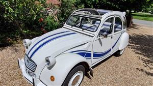 Citroen 2CV Beachcomber Wedding car. Click for more information.