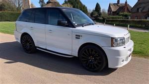 Range Rover Sport Revere Wedding car. Click for more information.