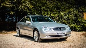 Mercedes CLK 320 Sports Wedding car. Click for more information.