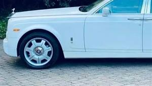 Rolls Royce Phantom Wedding car. Click for more information.