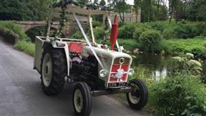 David Brown 885 Vintage Tractor Wedding car. Click for more information.